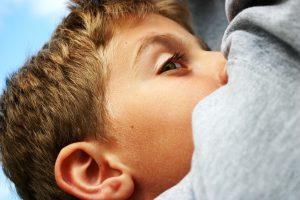 Różne etapy rozwoju dzieci