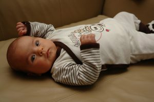 Wyprawka dla noworodka – czego nie może w niej zabraknąć?